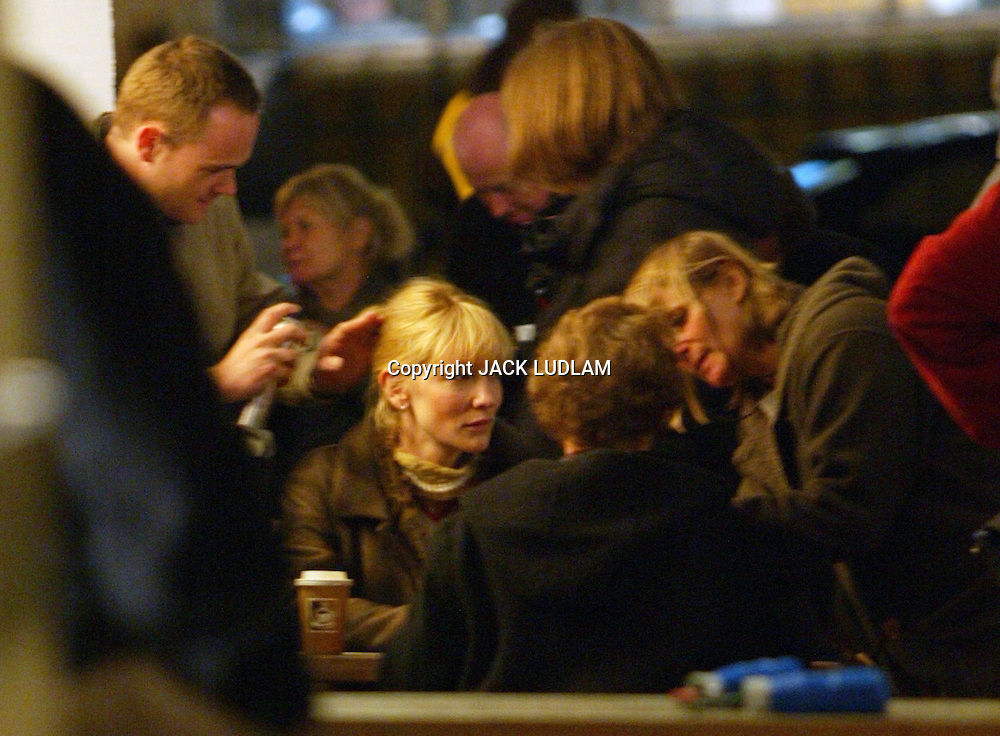 PICTURE JACK LUDLAM  CATE BLANCHETT GETS HER HAIR SORTED ON SET IN LONDON WITH DAME JUDY DENCH FILMING  IN CLERKENWELL High Quality Prints please enquire via contact Page. Rights Managed Downloads available for Press and Media