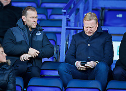 BIRKENHEAD, ENGLAND - Sunday, October 23, 2016: Everton's manager Ronald Koeman and coach Duncan Ferguson watch the Mini-Derby FA Premier League 2 Under-23 match against Liverpool at Prenton Park. (Pic by David Rawcliffe/Propaganda)