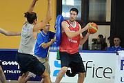 DESCRIZIONE : Folgaria Allenamento Raduno Collegiale Nazionale Italia Maschile <br /> GIOCATORE : Angelo Gigli<br /> CATEGORIA : palleggio<br /> SQUADRA : Nazionale Italia <br /> EVENTO :  Allenamento Raduno Folgaria<br /> GARA : Allenamento<br /> DATA : 20/07/2012 <br /> SPORT : Pallacanestro<br /> AUTORE : Agenzia Ciamillo-Castoria/GiulioCiamillo<br /> Galleria : FIP Nazionali 2012<br /> Fotonotizia : Folgaria Allenamento Raduno Collegiale Nazionale Italia Maschile <br />  Predefinita :