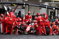 Formel 1: GP von Mexiko 2016 - Rennen in Mexiko-Stadt / 301016<br /> <br /> ***Sebastian Vettel (GER) Ferrari SF16-H makes a pit stop.<br /> 30.10.2016. Formula 1 World Championship, Rd 19, Mexican Grand Prix, Mexico City, Mexico, Race Day.<br /> Copyright: Moy / XPB Images / action press ***