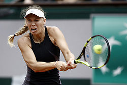 June 1, 2018 - Paris, Ile-de-France, France - Caroline Wozniacki of Denmark in action during the ladies singles third round match against Pauline Parmentier of France during day six of the 2018 French Open at Roland Garros on June 1, 2018 in Paris, France. (Credit Image: © Mehdi Taamallah/NurPhoto via ZUMA Press)