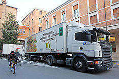 20121123 CAMION MAC DONALD IN CENTRO