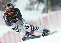 Alpint: 22.12.2001 St.Moritz, Schweiz,<br />Die Deutsche Hilde Gerg am Samstag (22.12.2001) beim Ski Alpin Weltcup Super-G der Damen im schweizerischen St.Moritz.<br /><br />Foto: Digitalsport