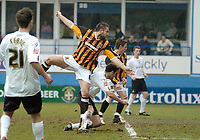 Photo: Leigh Quinnell.<br /> Luton Town v Hull City. Coca Cola Championship. 04/02/2006. Hulls Jon Parkin heads home their third goal.