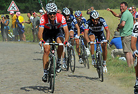 Sykkel<br /> Tour de France 2010<br /> 06.07.2010<br /> Tredje etappe - Wanze til Arenberg<br /> Foto: PhotoNews/Digitalsport<br /> NORWAY ONLY<br /> <br /> THOR HUSHOVD - vinner og tok over grønn trøye<br /> <br /> THOR HUSHOVD -  FABIAN CANCELLARA - ANDY SCHLECK - GEORGE HINCAPIE