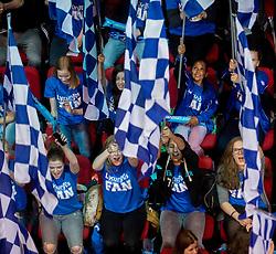 17-04-2016 NED: Play off finale Abiant Lycurgus - Seesing Personeel Orion, Groningen<br /> Abiant Lycurgus is door het oog van de naald gekropen tijdens het eerste finaleduel om het landskampioenschap. De Groningers keken in een volgepakt MartiniPlaza tegen een 0-2 achterstand aan tegen Seesing Personeel Orion, maar mede dankzij invaller Gino Naarden kwam Lycurgus langszij en pakte het de wedstrijd met 3-2 / Publiek, support vlaggen