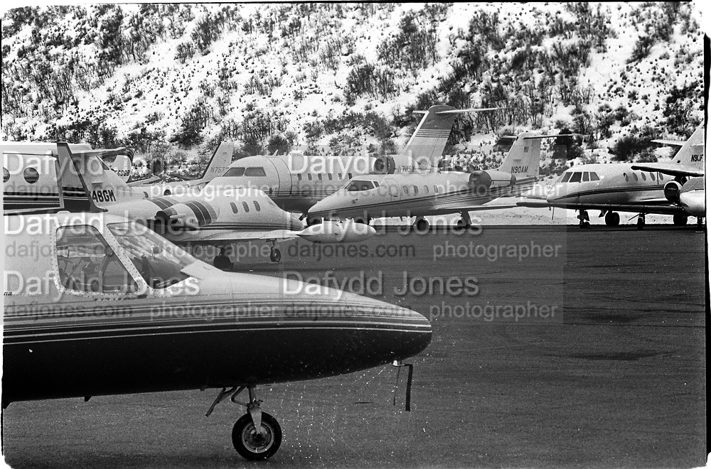 Aspen airport, 1995© Copyright Photograph by Dafydd Jones 66 Stockwell Park Rd. London SW9 0DA Tel 020 7733 0108 www.dafjones.com