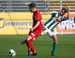 05.05.2018, Pappelstadion, Mattersburg, AUT, 1. FBL, SV Mattersburg vs Cashpoint SCR Altach, 33. Runde, im Bild Stefan Nutz (Cashpoint SCR Altach) und Lukas Rath (SV Mattersburg) // during the Austrian Football Bundesliga 33th Round match between SV Mattersburg and Cashpoint SCR Altach at the Pappelstadion in Mattersburg, Austria on 2018/05/05. EXPA Pictures © 2018, PhotoCredit: EXPA/ Thomas Haumer