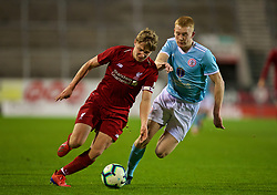 ST HELENS, ENGLAND - Monday, January 21, 2019: Liverpool's captain Paul Glatzel (L) and Accrington Stanley's Jack Evans during the FA Youth Cup 4th Round match between Liverpool FC and Accrington Stanley FC at Langtree Park. (Pic by Paul Greenwood/Propaganda)