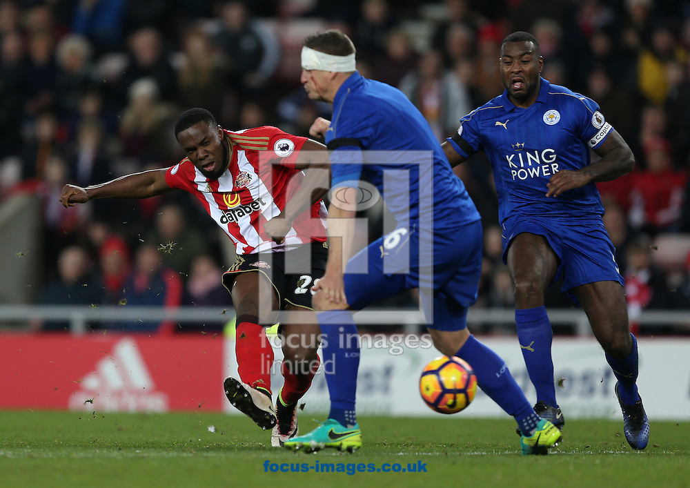 Victor Anichebe of Sunderland shoots at goal during the Premier League match at the Stadium Of Light, Sunderland<br /> Picture by Christopher Booth/Focus Images Ltd 07711958291<br /> 03/12/2016