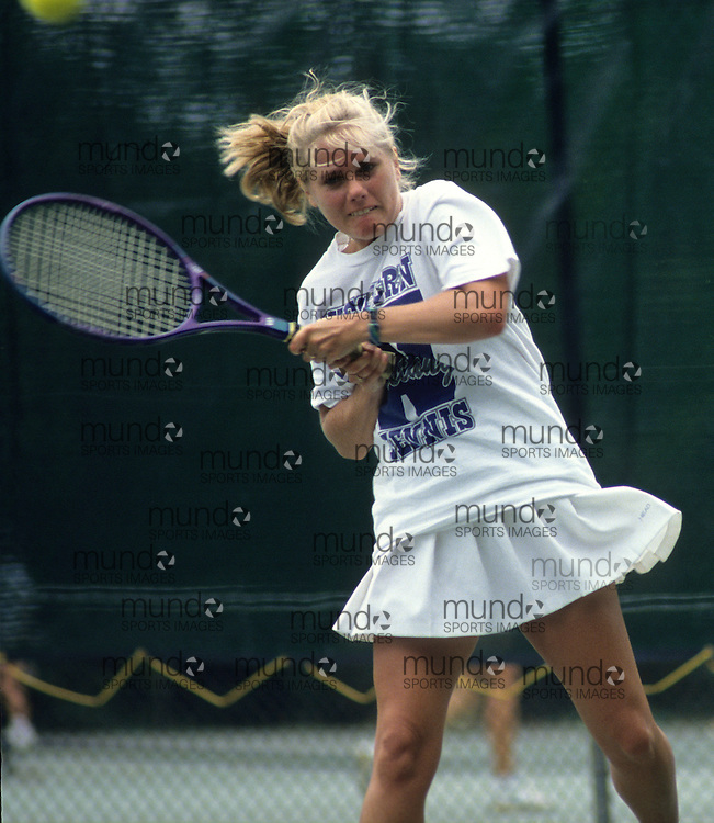 (London, Ontario---22 September 1992) UWO Women's Tennis Copyright Sean Burges / Mundo Sport Images, 1992