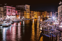 THEMENBILD - Häuserfront am Canal Grande in der Nacht, aufgenommen am 05. Oktober 2019 in Venedig, Italien // House front at the Canal Grande at night in Venice, Italy on 2019/10/05. EXPA Pictures © 2019, PhotoCredit: EXPA/ JFK