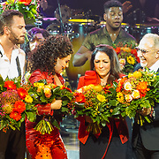 NLD/Utrecht/20171029 - Premiere Musical On Your Feet, Jim Bakkum, Vajen van den Bosch met Gloria Estefan en partner Emilio