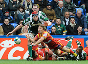 Reading, GREAT BRITAIN, Perpignan's Chris CUSITER, clears from behand the scrum, during the Heineken, Quarter Final, Cup rugby match,  London Irish vs Perpignan, at the Madejski Stadium on Sat 05.04.2008 [Photo, Peter Spurrier/Intersport-images]