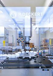 THEMENBILD - Produktion von Schüßler Salze des österreichischen Marktführers - der Adler Pharma Produktion und Vertrieb GmbH, aufgenommen am 20. September 2017 in Bruck an der Glocknerstrasse, Österreich // production of Schüßler salts of the Austrian market leader - Adler Pharma Produktion und Vertrieb GmbH, Bruck an der Glocknerstrasse, Austria on 2017/09/20. EXPA Pictures © 2017, PhotoCredit: EXPA/ JFK
