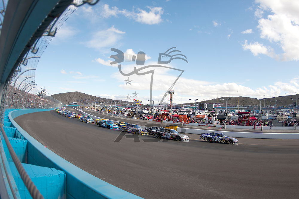 Avondale, AZ - NOV 13, 2011:  Matt Kenseth (17) races for the Kobalt Tools 500 race at the Phoenix International Raceway in Avondale, AZ.