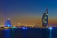 Emirats Arabes Unis, Dubai, Jumeirah beach hotel et hotel Burj Al Arab // United Arab Emirates, Dubai, Jumeira beach hotel and Burj Al Arab hotel