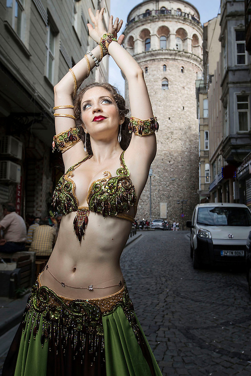 Istanbul Turkey Jenne belly dancer