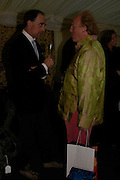 Robin Smith-Ryland and David Eckersley. Easton Neston reception hosted by Sotheby's. 13 May 2005. ONE TIME USE ONLY - DO NOT ARCHIVE  © Copyright Photograph by Dafydd Jones 66 Stockwell Park Rd. London SW9 0DA Tel 020 7733 0108 www.dafjones.com