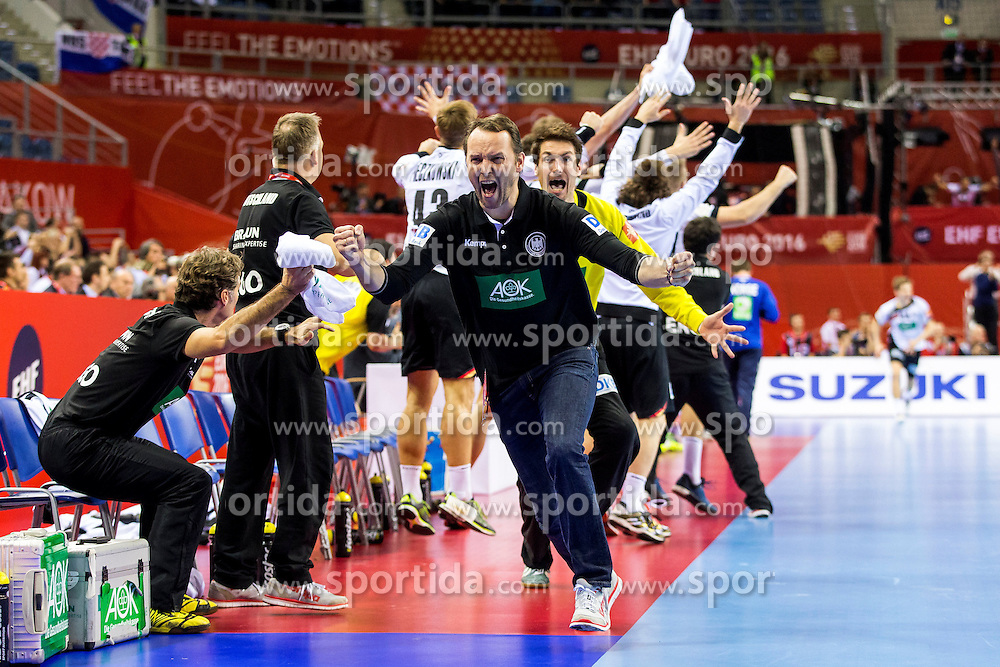 29.01.2016, Tauron Arena, Krakau, POL, EHF Euro 2016, Norwegen vs Deutschland, Halbfinale, im Bild Nach dem Siegtor stuermt Dagur Valdimar Sigurdsson (Trainer) los und reisst die Arme in die Luft // during the 2016 EHF Euro half final match between Norway and Germany at the Tauron Arena in Krakau, Poland on 2016/01/29. EXPA Pictures &copy; 2016, PhotoCredit: EXPA/ Eibner-Pressefoto/ KOENIG<br /> <br /> *****ATTENTION - OUT of GER*****
