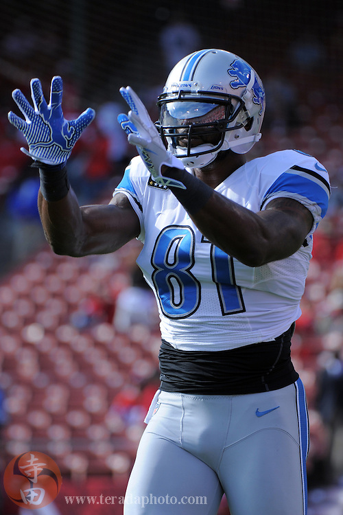September 16, 2012; San Francisco, CA, USA; Detroit Lions wide receiver Calvin Johnson (81) warms up before the game against the San Francisco 49ers at Candlestick Park.