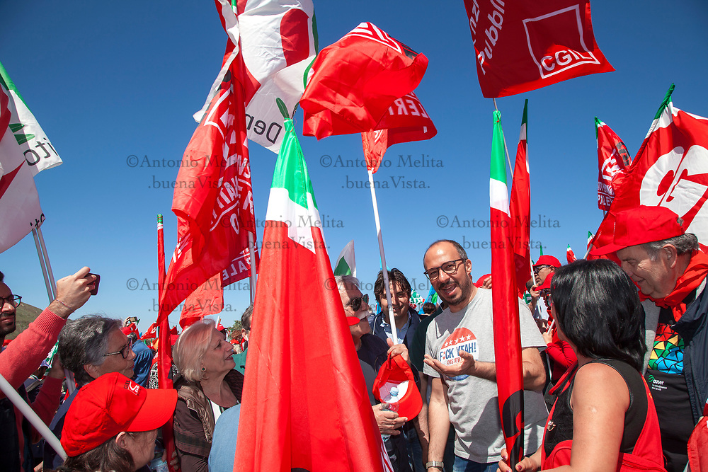 Davide Faraone, sottosegretario alla Sanità, a Portella della Ginestra per il 70° anniversario dalla strage.