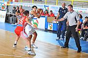 DESCRIZIONE : Cagliari Qualificazioni Campionati Europei Italia Croazia <br /> GIOCATORE : Sabrina Cinili<br /> SQUADRA : Nazionale Italia Donne <br /> EVENTO :  Qualificazioni Campionati Europei Nazionale Italiana Femminile <br /> GARA : Italia Croazia<br /> DATA : 02/08/2010 <br /> CATEGORIA : Palleggio<br /> SPORT : Pallacanestro <br /> AUTORE : Agenzia Ciamillo-Castoria/M.Gregolin<br /> Galleria : Fip Nazionali 2010 <br /> Fotonotizia : Cagliari Qualificazioni Campionati Europei Italia Croazia<br /> Predefinita :