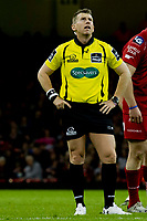 Rugby Union - 2016 / 2017 Pro12 - [Judgement Day V]: Newport Gwent Dragons vs. Scarlets<br /> <br /> Referee Nigel Owens , at Principality Stadium [Millennium Stadium], Cardiff.<br /> <br /> COLORSPORT/WINSTON BYNORTH