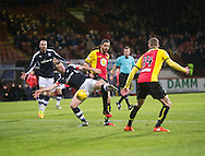 Dundee&rsquo;s Paul McGowan stretches to get a shot away - Partick Thistle v Dundee in the Ladbrokes Scottish Premiership at Firhill, Glasgow - Photo: David Young, <br /> <br />  - &copy; David Young - www.davidyoungphoto.co.uk - email: davidyoungphoto@gmail.com