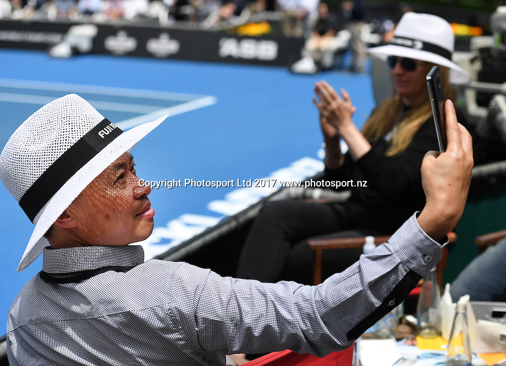 A fan takes a selfie. Opening day at the Men's ASB Classic. ATP Mens Tennis Tournament. ASB Tennis Centre, Auckland, New Zealand. Monday 9 January 2017. © Copyright photo: Andrew Cornaga / www.photosport.nz