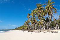 Indonesie. Sulawesi du sud (Celebes). Plage de Bira. // Indonesia. South Sulawesi (Celebes Island). Bira beach.