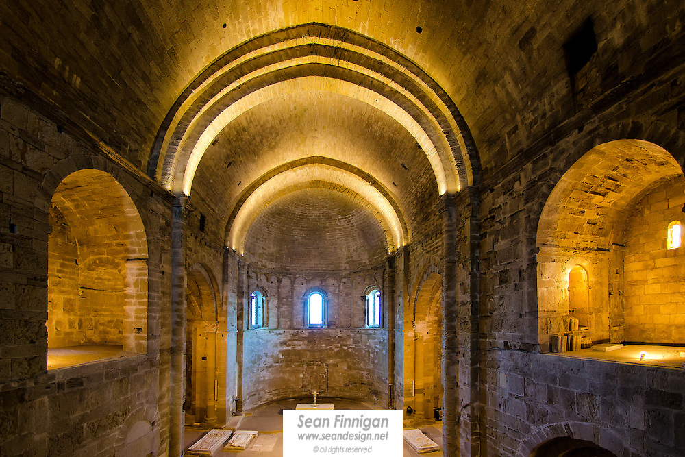 romanesque interior of maguelone cathedral sean finnigan photographer. Black Bedroom Furniture Sets. Home Design Ideas
