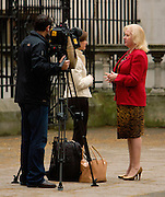 London, United Kingdom - 22 November 2011.Elle Macpherson's former adviser Mary-Ellen Field. Witnesses arrive for hearings for the Leveson Enquiry into allegations of phone hacking by the media. Royal Courts of Justice, Charing Cross, London, England, UK..Copyright: ©2011 Equinox Licensing Ltd. +448700 780000 - Contact: Equinox Features - Date Taken: 20111122 - Time Taken: 132401+0000 - www.newspics.com