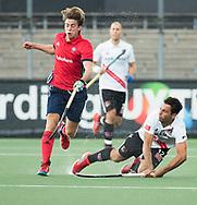 AMSTELVEEN -  Valentin Verga (A'dam)  tijdens Amsterdam-Tilburg (4-2), competitie Hoofdklasse hockey heren   (2017-2018) . COPYRIGHT KOEN SUYK