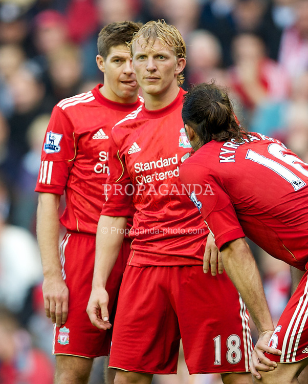 LIVERPOOL, ENGLAND - Sunday, October 3, 2010: Liverpool's captain Steven Gerrard MBE and Dirk Kuyt during the Premiership match against Blackpool at Anfield. (Photo by David Rawcliffe/Propaganda)