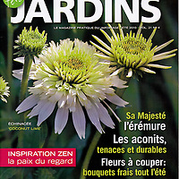 Cover for Fleurs-Plantes-Jardins: Summer 2010 issue