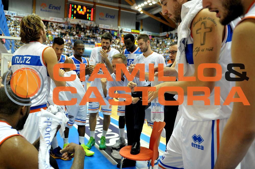 DESCRIZIONE : Brindisi Lega A 2012-13 Enel Brindisi Vanoli Cremona<br /> GIOCATORE : Time-Out Enel Brindisi<br /> CATEGORIA : Team<br /> SQUADRA : Enel Brindisi<br /> EVENTO : Campionato Lega A 2012-2013 <br /> GARA : Enel Brindisi Vanoli Cremona<br /> DATA : 14/10/2012<br /> SPORT : Pallacanestro <br /> AUTORE : Agenzia Ciamillo-Castoria/V.Tasco<br /> Galleria : Lega Basket A 2012-2013  <br /> Fotonotizia : Brindisi Lega A 2012-13 Enel Brindisi Vanoli Cremona<br /> Predefinita :