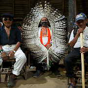 festa yawanawa com o cacique biraci nixiwaka e os dois paje yawarani e tata