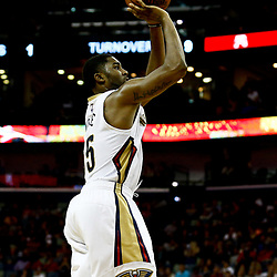 Dec 26, 2016; New Orleans, LA, USA;  New Orleans Pelicans guard E'Twaun Moore (55) shoots against the Dallas Mavericks during the second half of a game at the Smoothie King Center. The Pelicans defeated the Mavericks 111-104.  Mandatory Credit: Derick E. Hingle-USA TODAY Sports