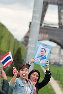 Demonstration for peace in Thailand - Paris - May 1 2010