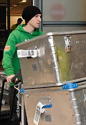 11.01.2010, Flughafen, Bremen, GER, Ankunft Werder Bremen Trainingslager Belek Türkei / Tuerkei 2011, im Bild Marko Marin (Bremen #10)   EXPA Pictures © 2011, PhotoCredit: EXPA/ nph/  Frisch       ****** out of GER / SWE / CRO ******