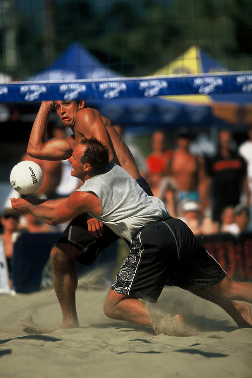 AVP Professional Beach Volleyball - Santa Barbara, CA - 2001 - Sinjin Smith - Photo by Wally Nell/Volleyball Magazine