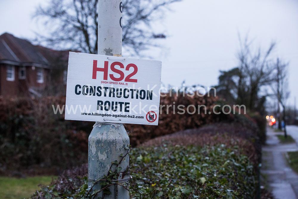 Ickenham, UK. 8 February, 2020. An anti-HS2 sign in Ickenham.