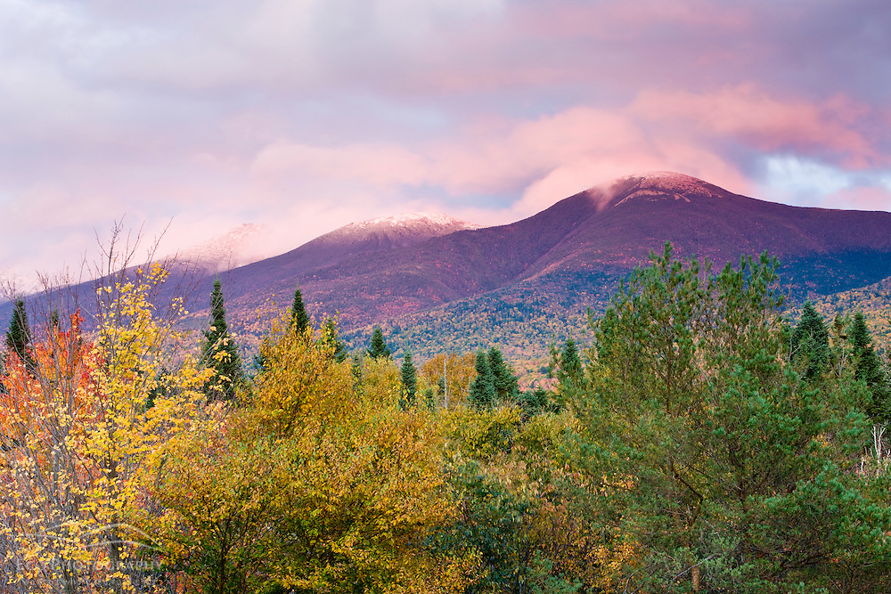 Fall foliage in New Hampshire's White Mountains.  The southern Presidential range as seen from Twin Mountain.  White Mountain National Forest.
