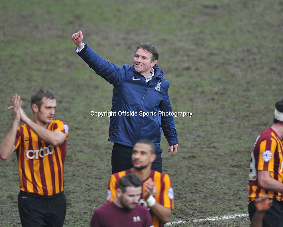 Bradford City vs Sunderland  , FA Cup 5th Round  15/02/2015<br />  City's  Boss Phil Parkinson celebrates after his sides win <br /> Pic Steve Parkin