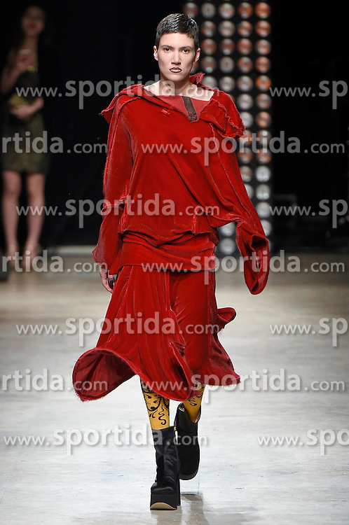 a Model presents the fashion of Vivienne Westwood, Autumn Winter 2016, Ready to Wear, Paris Fashion Week. EXPA Pictures © 2016, PhotoCredit: EXPA/ Photoshot/ Digital Catwalk<br /> <br /> *****ATTENTION - for AUT, SLO, CRO, SRB, BIH, MAZ, SUI only*****