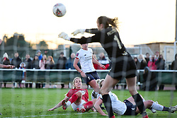 Poppy Pattinson of Bristol City has a shot on goal - Mandatory by-line: Ryan Hiscott/JMP - 19/01/2020 - FOOTBALL - Stoke Gifford Stadium - Bristol, England - Bristol City Women v Liverpool Women - Barclays FA Women's Super League
