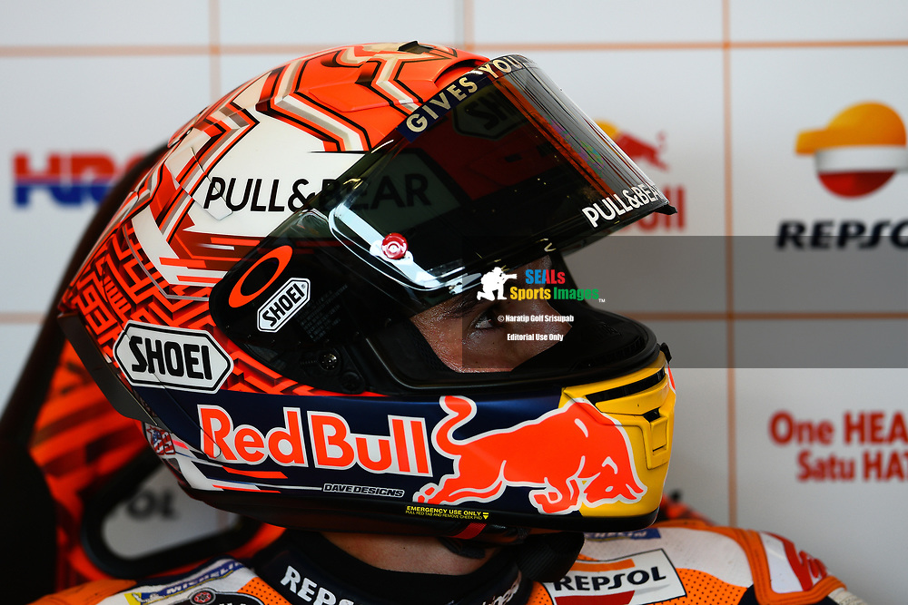 BURIRAM, THAILAND - OCTOBER 05: Marc Marquez (93) of Spain and Repsol Honda Team during FP1 at the MotoGP PTT Thailand Grand Prix 2018, Chang International Circuit, Thailand on October 05, 2018. <br /> .<br /> .<br /> .<br /> (Photo by: Naratip Golf Srisupab/SEALs Sports Images)<br /> .<br /> Any image use must include a mandatory credit line adjacent to the content which should read: Naratip Golf Srisupab/SEALs Sports Images