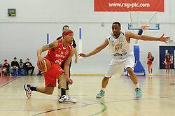 Bristol Flyers' Greg Streete attempts to run past London Lions Perry Lawson - Photo mandatory by-line: Dougie Allward/JMP - Mobile: 07966 386802 - 28/03/2015 - SPORT - Basketball - Bristol - SGS Wise Campus - Bristol Flyers v London Lions - British Basketball League