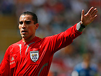 Photo: Glyn Thomas.<br />England v Paraguay. Group B, FIFA World Cup 2006. 10/06/2006.<br /> Referee Marco Rodriguez from Mexico.
